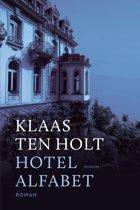 Omslag Hotel Alfabet - Klaas ten Holt