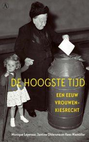 Omslag De hoogste tijd - Monique Leyenaar, Jantine Oldersma, Kees Niemöller