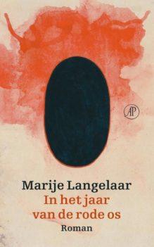 Omslag In het jaar van de rode os - Marije Langelaar